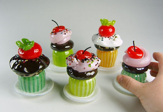 Cute glass cupcakes! low on calories :)