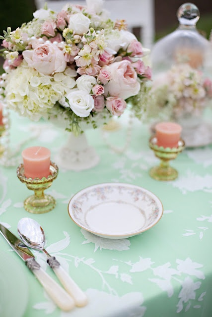 Gorgeous green table cloth to show off this vintage theme