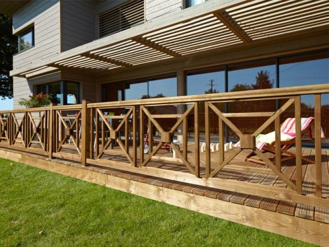 The 25  best ideas about balustrade bois on pinterest ...