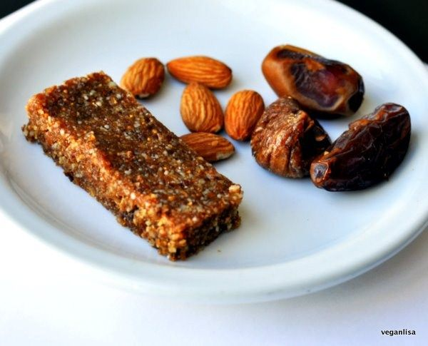 Julieanna's Figamajigs - fig bars made with raw almonds, dates, dried figs, vanilla #paleo #raw #vegan