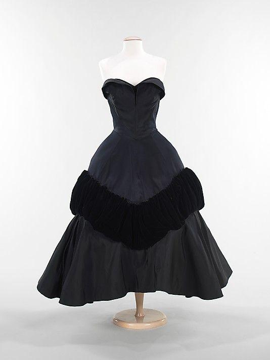 "1952 Charles James ""Pouff"" cocktail dress"