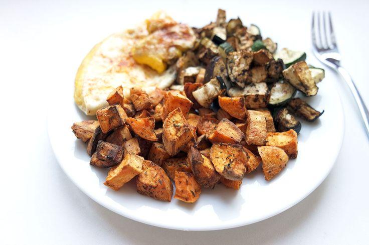 Heute habe ich eine schnelle Abendbrot-Idee für euch. Ich liebe Süßkartoffeln. Und ich liebe Ei-Produkte. Beides könnte ich jeden Tag essen. Damit das nicht langweilig wird, gibt es bei uns Süßkart...