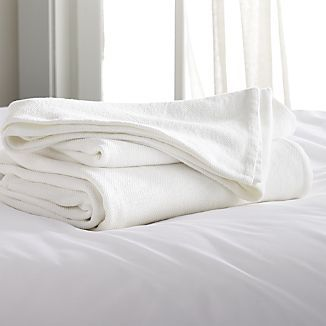 Siesta White Blanket