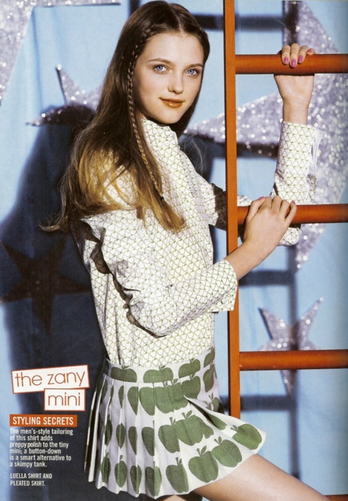 """It's Showtime"": Vlada Roslyakova photographed by Patrick Demarchelier for Teen Vogue, April 2005"