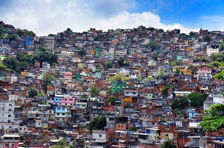 Rio de Janeiro veduta di una Favelas
