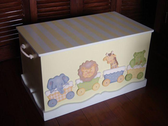 Accesorios y decoración de dormitorios infantiles: Baúles, portátiles…