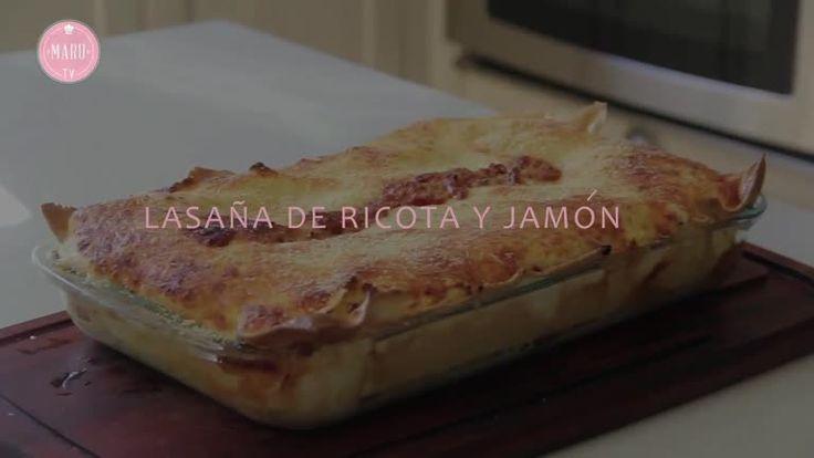 Lasaña de ricota, jamón, bechamel y coulis de tomates - Maru Botana