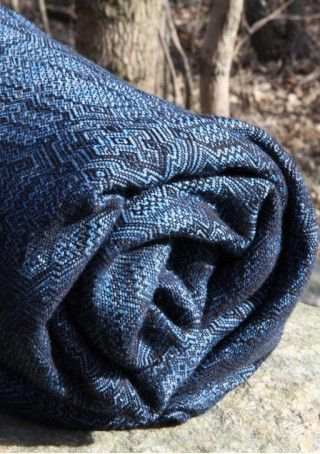 Kide Routa 40% organic cotton 30% linen 30% merino wool. #vanamo #vanamowrap #vanamokide