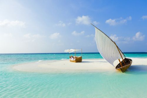 Banyan Tree sandbank, Maldives