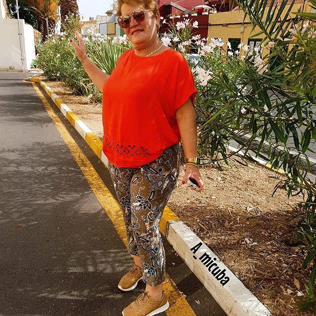 #nuevopost #ONTHEBLOG #AMICUBASITE...... #digoyo #🤔 Aunque viniera con instrucciones, la entenderías??? #ellaesmucho 😂😍 Muy buenas tardes mi gente linda mi gente hermosa mi gente bella, directamente les digo que ya pueden disfrutar en Amicubasite del nuevo post de la #mama #lamamabloggera #comoellanohaydos #notelopierdas  #casinollego  #😥 #valladia