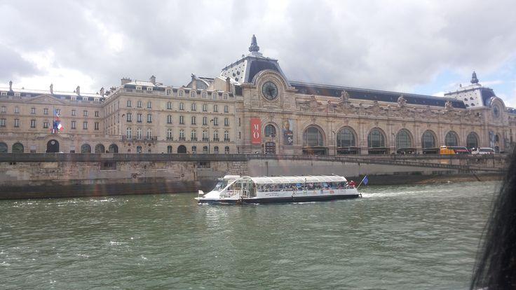 Museo de Orssay (visto desde el Sena)