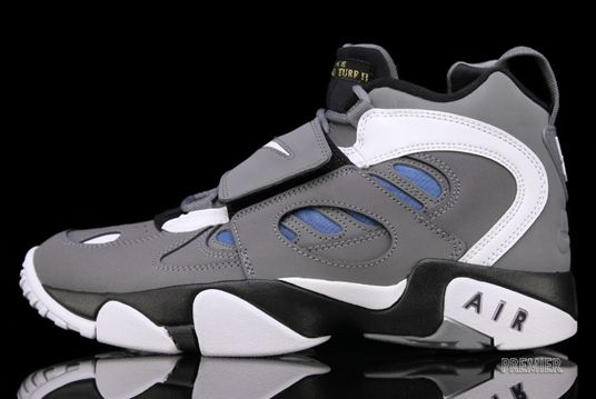 Nike Air Diamond Turf II