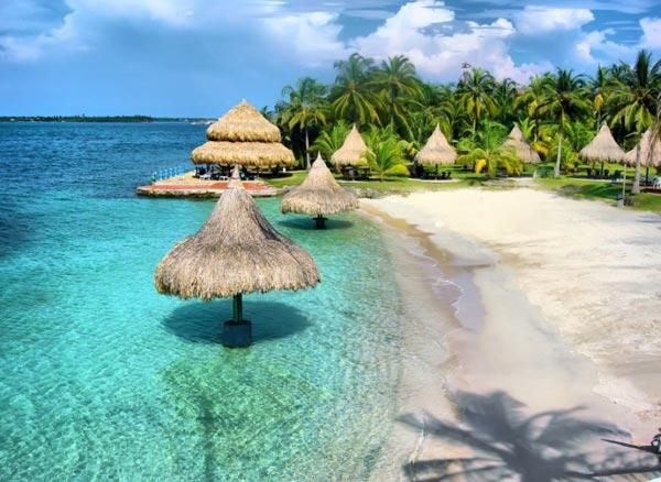 Beautifull Isla Mucura, Colombia
