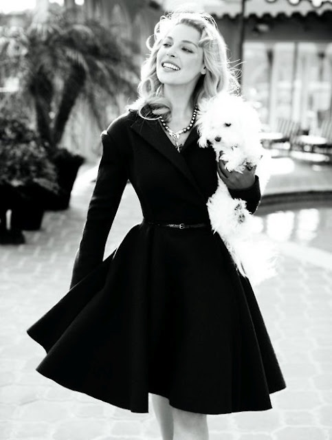 little black dress. So many styles, but all with the same result = Stunning