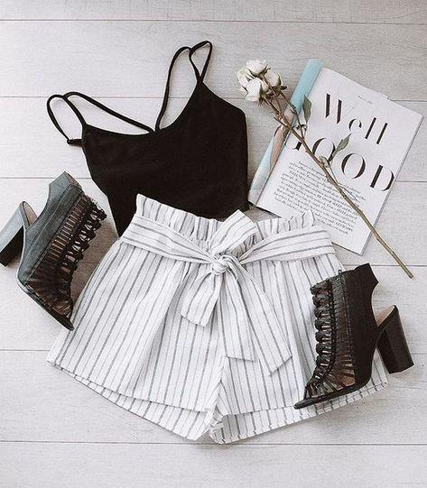Festive Ready Stripe Shorts – White