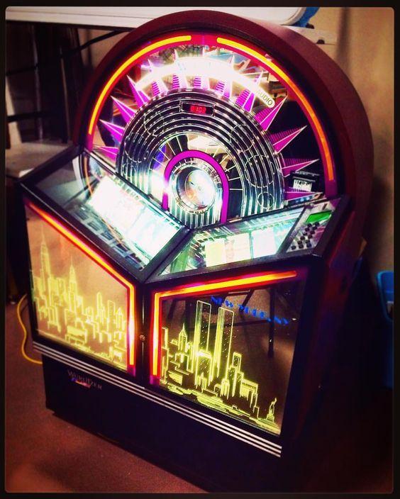 Slot machine flipper