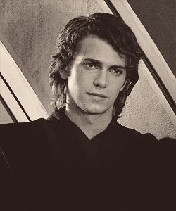 Kylo Ren just didn't get those Skywalker genes...#Anakinskywalker #theforceawakens #dangdatsmile