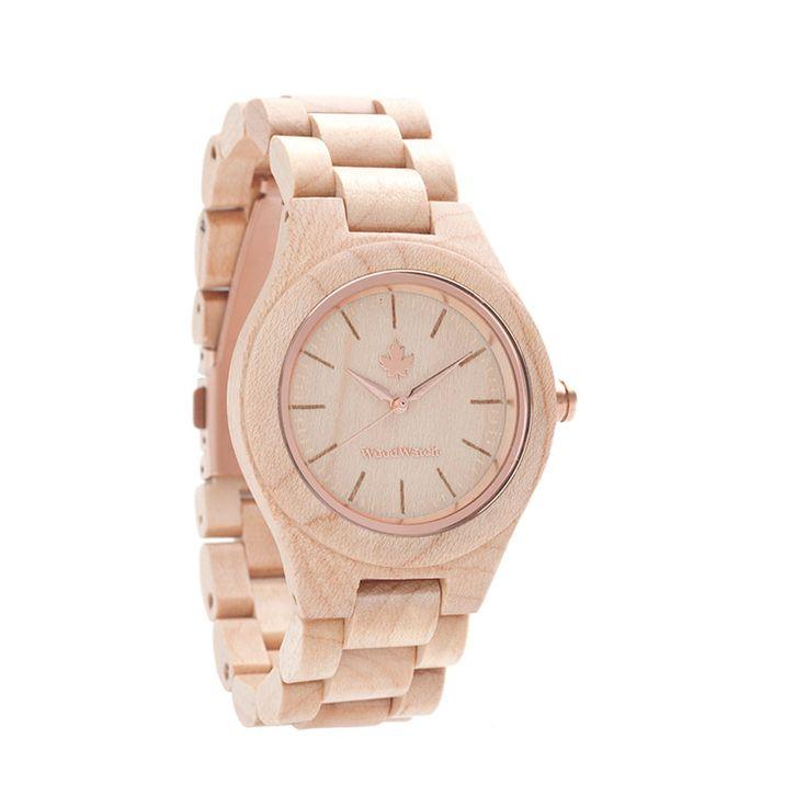 WoodWatch FEMME Collectie. Gemaakt van natuurlijk esdoornhout, afgewerkt met rozegouden details. Een stijlvol en elegant horloge voor vrouwen.
