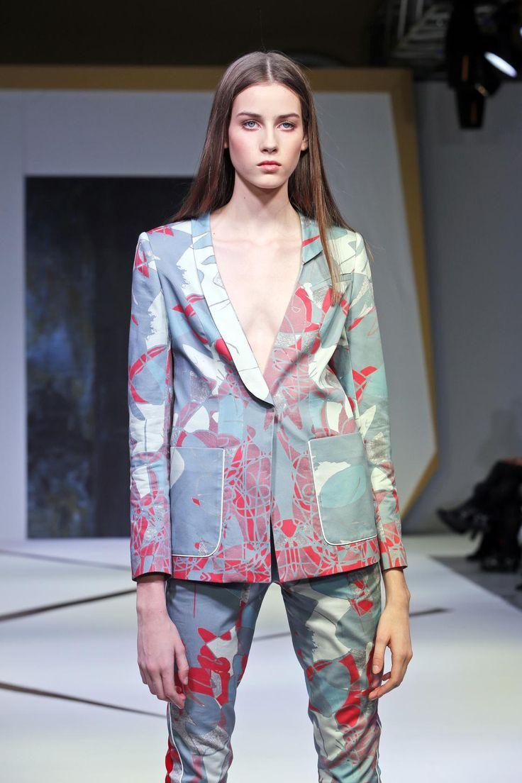 #Magdalena Popiel #New Look Design Refresh #fashion #garnitur #marynarka #print