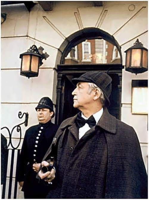 Livanov near the Sherlock Holmes Museum in London