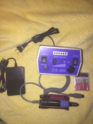 41709 Nails esmeril  o drill para uñas  acrilicas con 30000 rpm de potencia  BUY IT NOW ONLY  $69.99 esmeril  o drill para uñas  acrilicas con 30000 rpm de potencia...