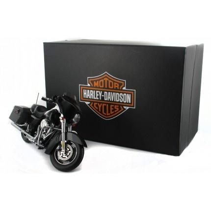ERTL 1:12 Harley Davidson Street Glide Black Denim 2012 FLHX