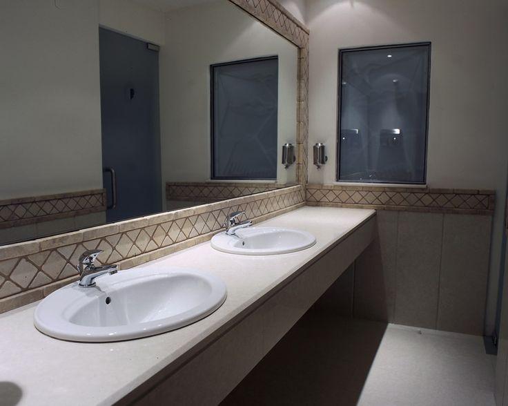 Vanity top with Quarella marble Bianco Ambra