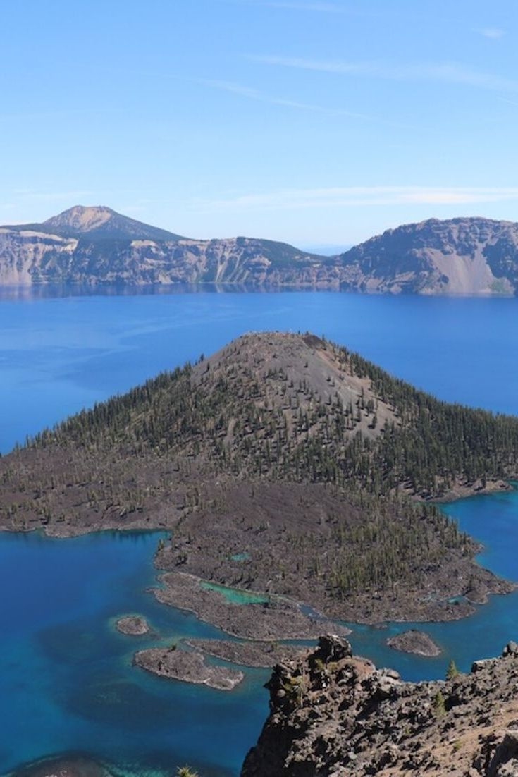 Crater Lake National Park Oregon In 2020 Crater Lake National Park National Parks Amazing Travel Destinations