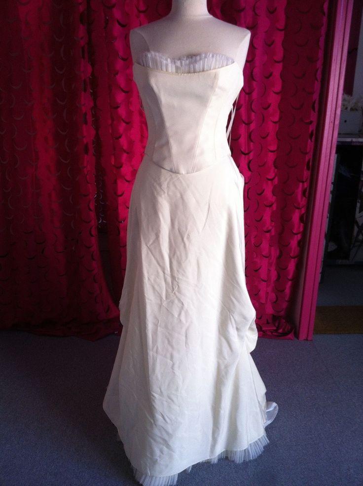 ... images about Dépôt-vente location de robes de mariées on Pinterest
