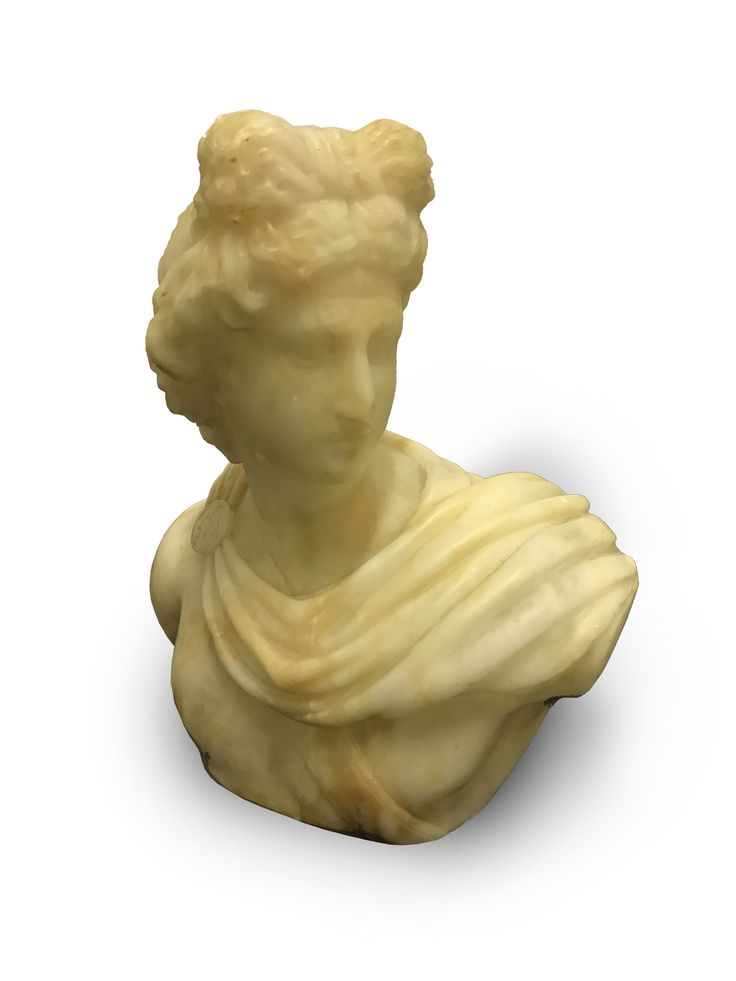 BUSTA APOLÓNA  NEZNÁMY AUTOR  Obdobie: 19. storočie  Materiál: mramor  Technika: sekanie  Značenie: neznačené     #art #auction #busta #apolon #mramor #museum #auctionhouse #diana