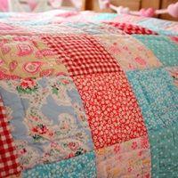 COT BED QUILT in Matilda Patchwork Design  #dreamnursery @cuckoolandcom