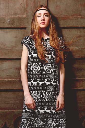 Платье трикотажное с оленями