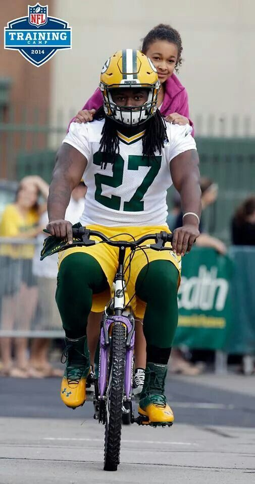 Eddie Lacy Green Bay Packers #Packers #Cheeseheads #GreenBay [Follow WisconsinHouses for more local pins]