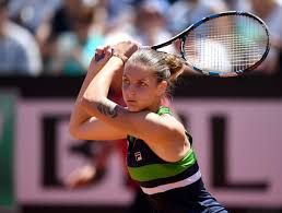 Tennis: Karolina Pliskova beats Garbine Muguruza but Venus William struggles in her win