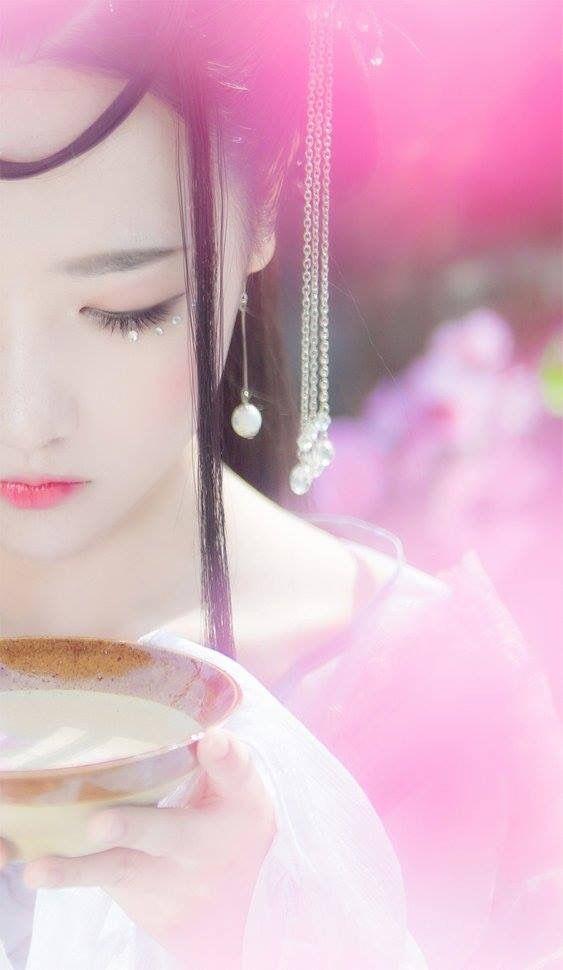 《Sansheng Sanshi Shi Li Tao Hua》 #TamSinhTamThếThậpLýĐàoHoa  Bạch Thiển 白浅 (Tố Tố 素素) cn Tiểu Nhu 小柔SeeU Bai Qian (Su Su) cn Xiao Rou SeeU