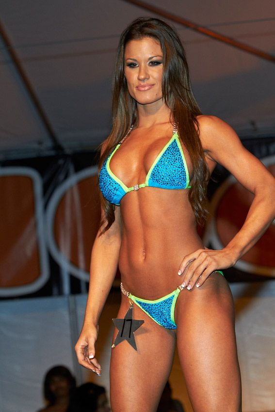 17 best images about brooke adams on pinterest models - Diva my body your body ...