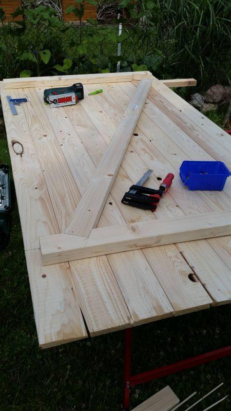 Holztür mit Rahmen für's Stallgebäude – Bauanle…