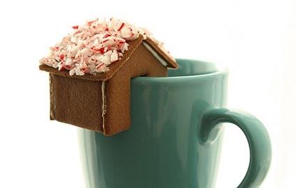Mini gingerbread houses for glasses...