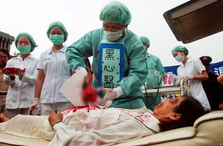 Hàng chục ngàn người dân Việt Nam hưởng ứng ký tên chống mổ cướp nội tạng - https://daikynguyenvn.com/trung-quoc/hang-chuc-ngan-nguoi-dan-viet-nam-huong-ung-ky-ten-chong-mo-cuop-noi-tang.html