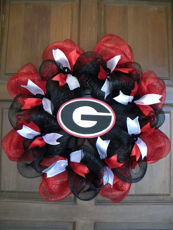 Georgia Deco Mesh Wreath in Red Black and White by DecoratedDoors,
