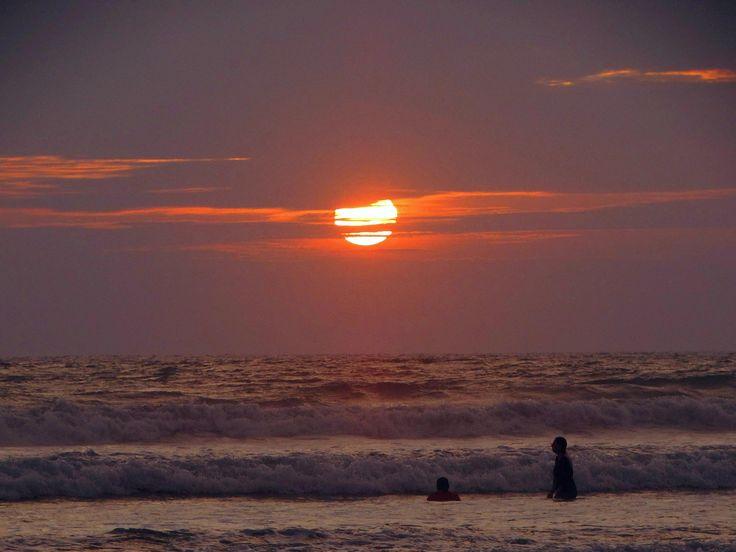 Playas. atardecer, Turismo Ecuador. foto: Johnny Chunga