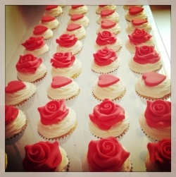 Bouqcake Cupcakes   The fusion of cupcakes and a bouquet cupcake pops love hearts roses valentine bouquets