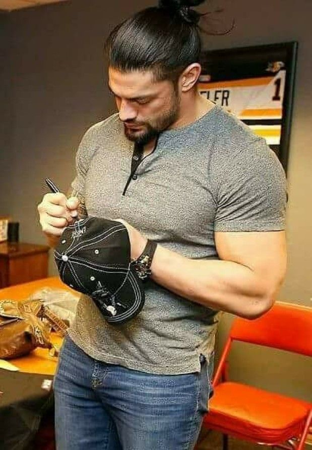 My king kingreigns romanreigns roman pinterest for Direct jewelry falls church va