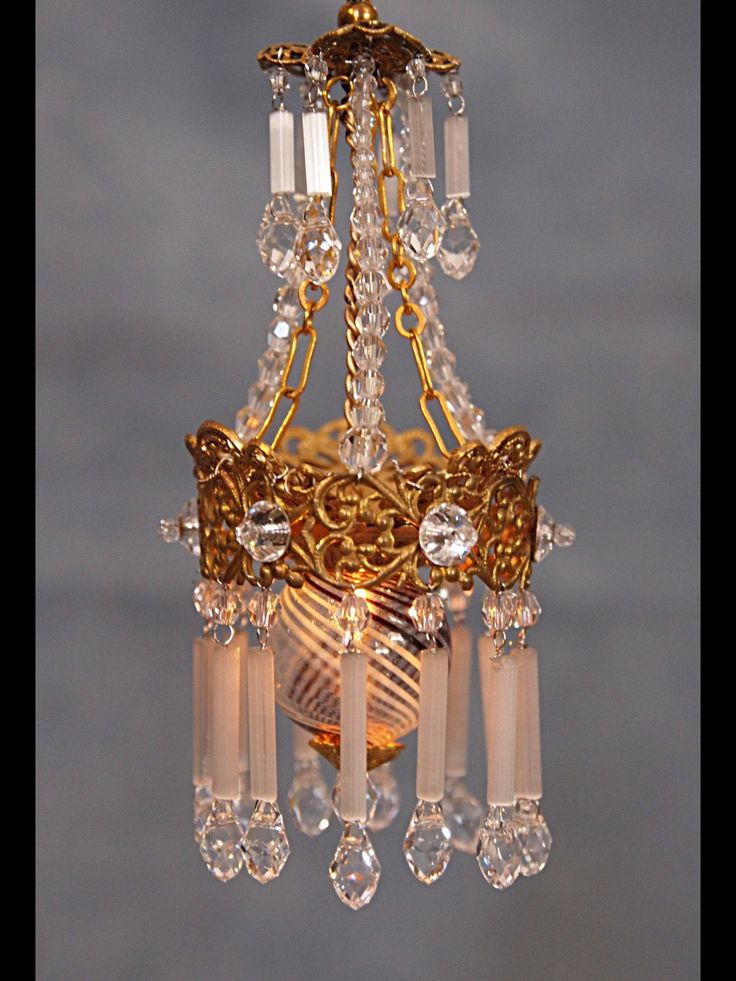 The 634 best miniature lighting images on pinterest doll houses beautiful miniature chandelier by cilla hallbert minst aloadofball Image collections