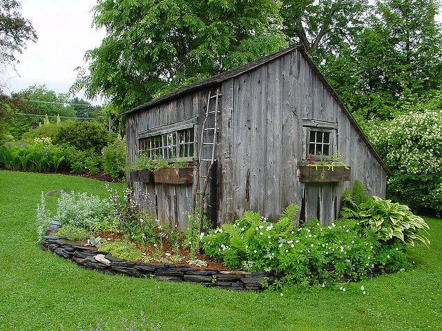 17 best images about wine bar potting shed on pinterest for Mini potting shed