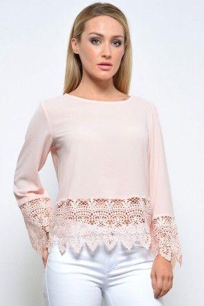 Eve Crochet Trim Top in Peach