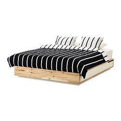 IKEA - MANDAL, Cadre lit avec rangement, 140x202 cm, , Les 4 grands tiroirs offrent beaucoup d'espace de rangement sous le lit.Peut se compléter par la tête de lit MANDAL.En bois massif, un matériau naturel et résistant à l'usure.