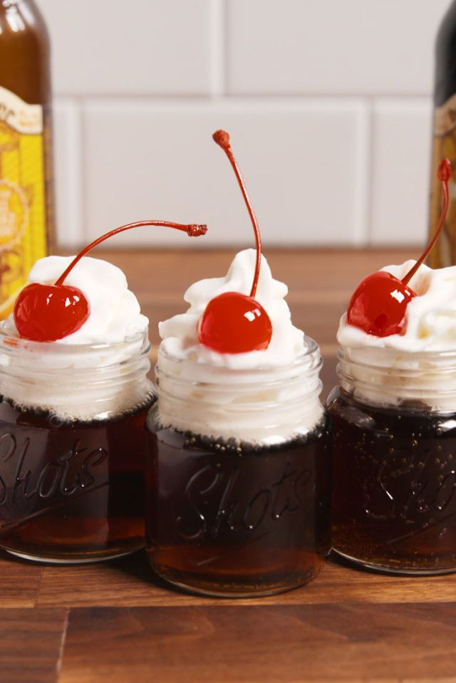 These Root Beer Float Shots Won't Derail Your New Year's Resolution