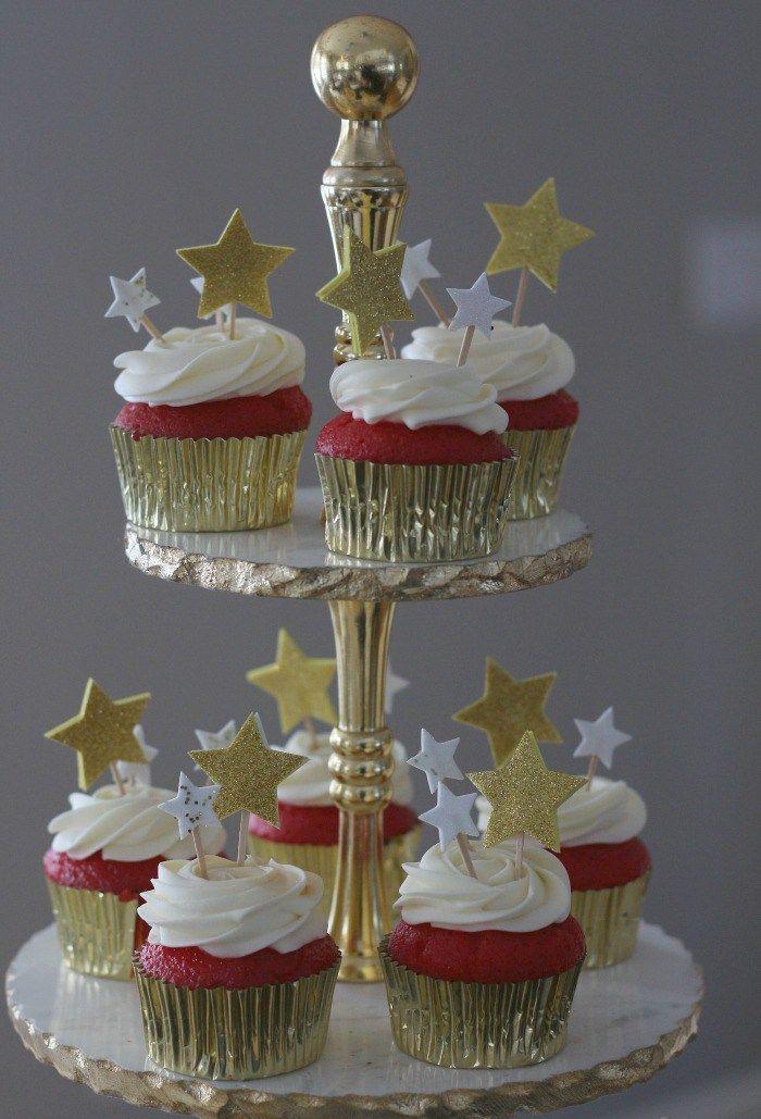 Red Carpet Cupcakes