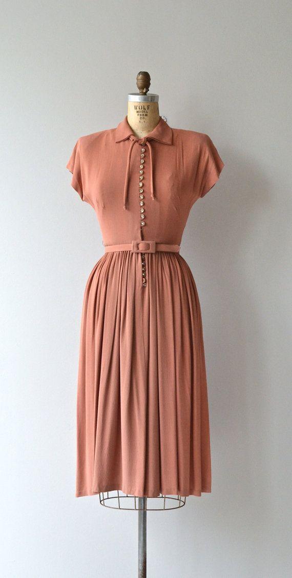 1940s vintage dresses 15 best outfits - vintage dresses